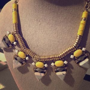 Stella & Dot Yellow, white, & gold necklace